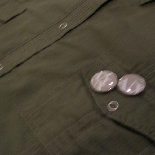 バッチ付きロングスリーブボタンシャツ - 3