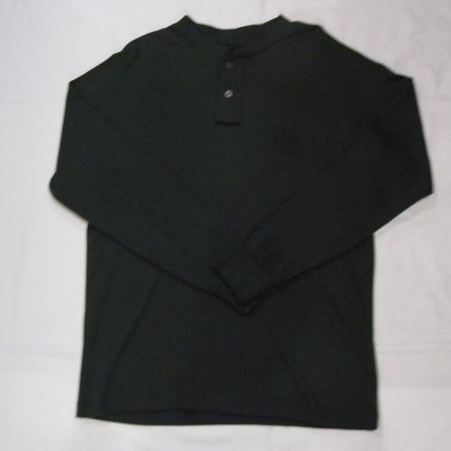 1ポイント刺繍ヘンリーネックロングTシャツ