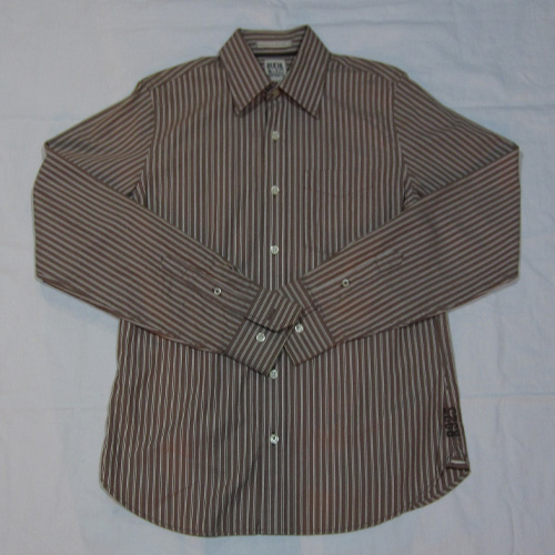 ストライプロングスリーブボタンシャツ