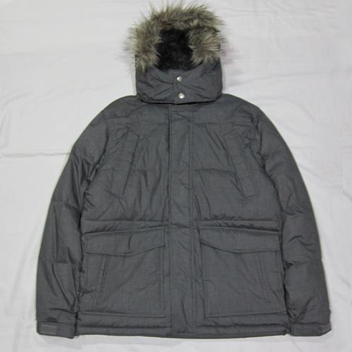 ジップアップファー付き中綿ジャケット