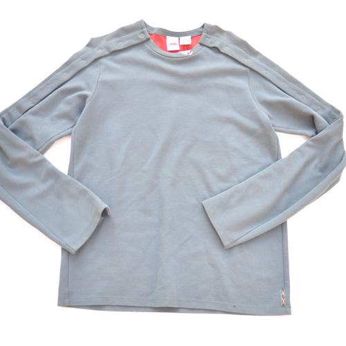 A/X  裏地レッドマルチボタンスウェットシャツ
