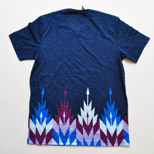 AMERICAN RAG CIE / アメリカンラグシー VネックボーダーグラフィックTシャツ - 1