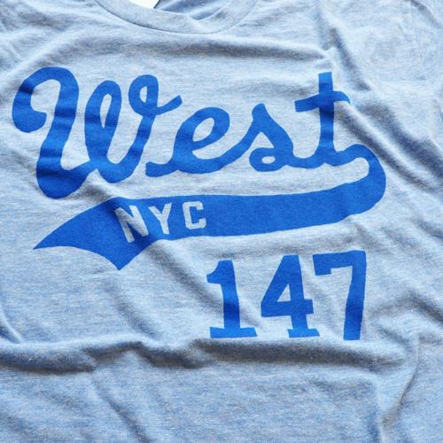 WEST NYC フロントプリントロゴ半袖Tシャツ ブルー - 2