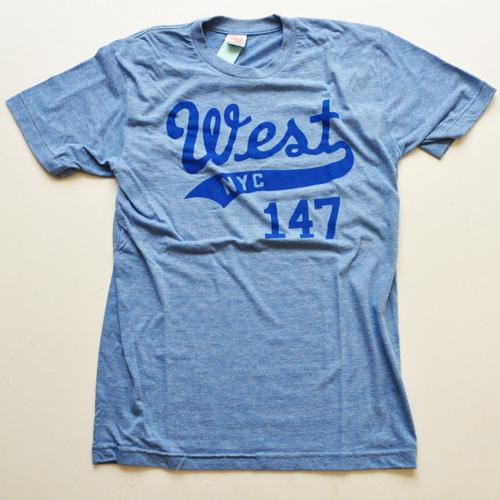 WEST NYC フロントプリントロゴ半袖Tシャツ ブルー