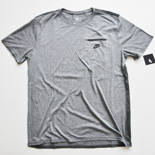 NIKE / ナイキ BACK ALL OVER TECH POCKET Tシャツ 海外限定