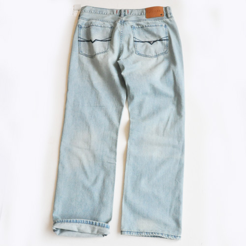 GUESS / ゲス REGULAR STRAIGHT CRESCENT FIT DENIM - 1