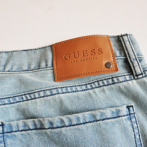 GUESS / ゲス REGULAR STRAIGHT CRESCENT FIT DENIM - 4