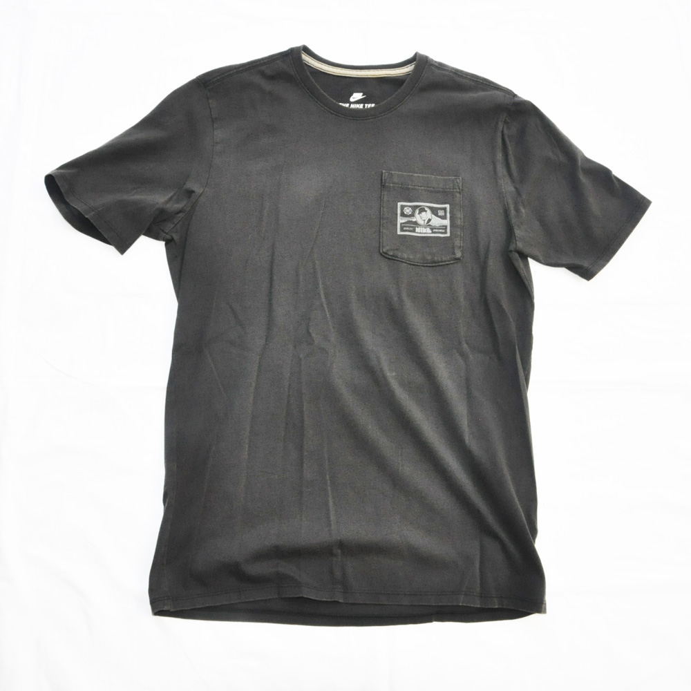 NIKE/ナイキ BILL BOWERMAN POCKET 半袖Tシャツ ブラック