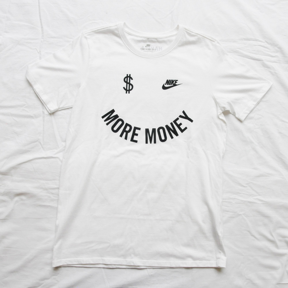 NIKE/ナイキ MORE MONEY HAVE A NIKE DAY 半袖Tシャツ 海外モデル